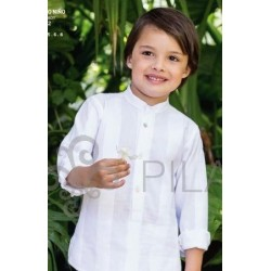 Conjunto Pilar Batanero pantalon chino lino y camisa Rayas