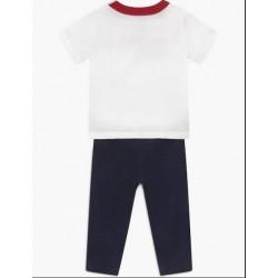 Conjunto Levis Jogger y camiseta